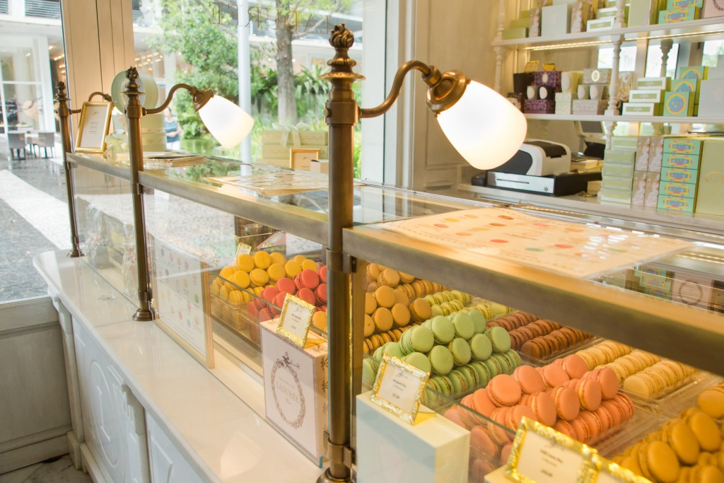 D6495-LADUREE - MIAMI 09